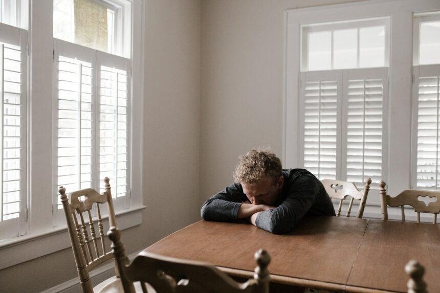 Dlaczego tak ciężko jest rozmawiać o depresji?